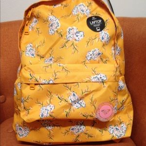 Roxy backpack with laptop pocket 💛❤️💛